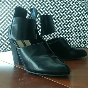 Black high heel bootie shoes by Forever 21